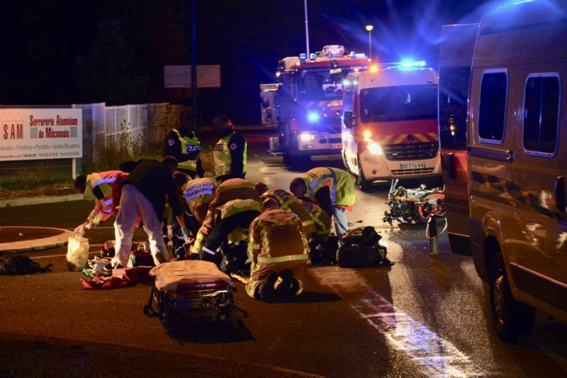 ACCIDENT MOTO VOITURE LOCHE - 1.jpg