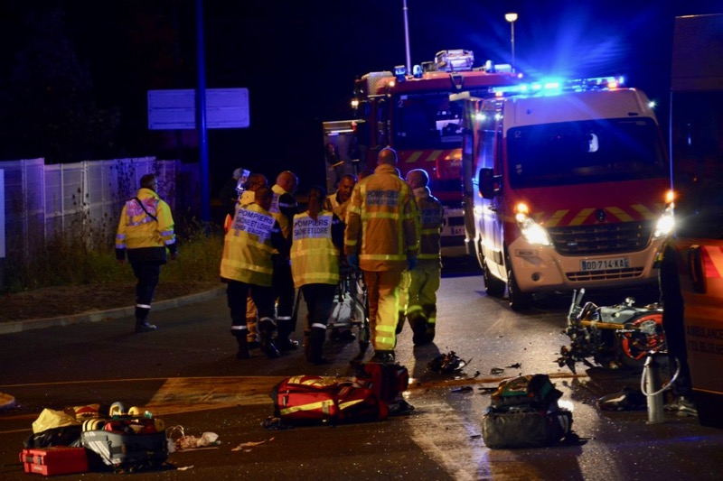 ACCIDENT MOTO VOITURE LOCHE - 2.jpg