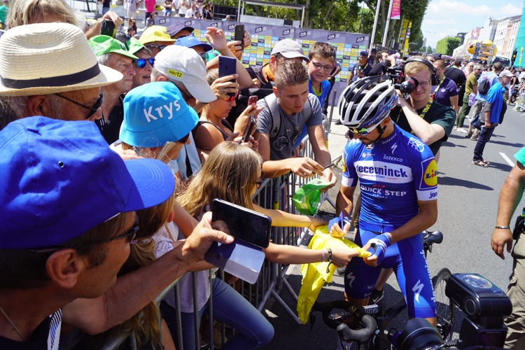 ALAPHILIPPE TOUR DE FRANCE MACON01.jpg