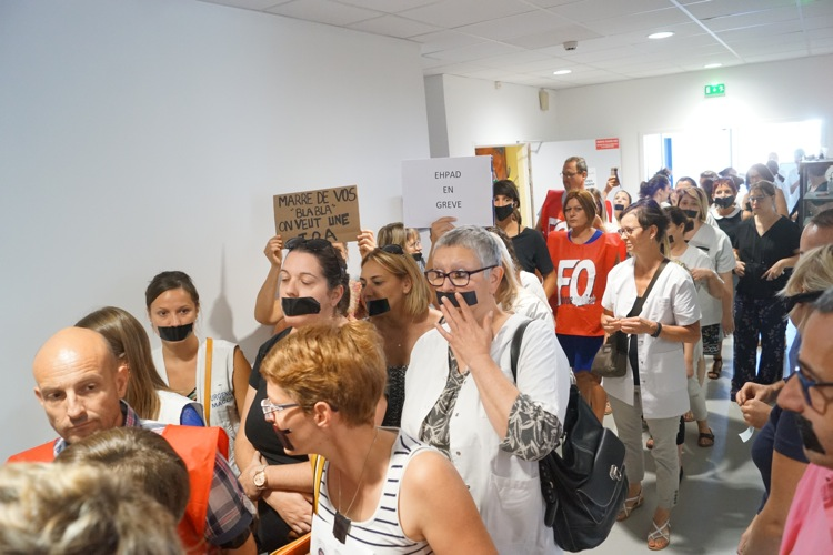 ARS HOPITAL MACON MANIFESTATION08.jpg