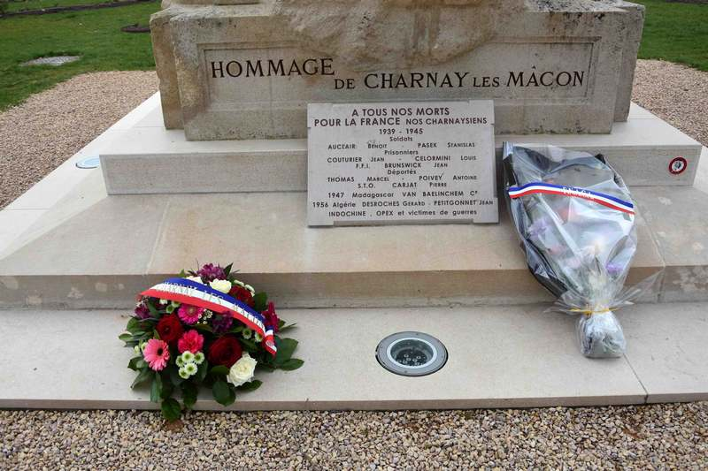 CHARNAY COMMEMORATION 19 MARS (2).jpg