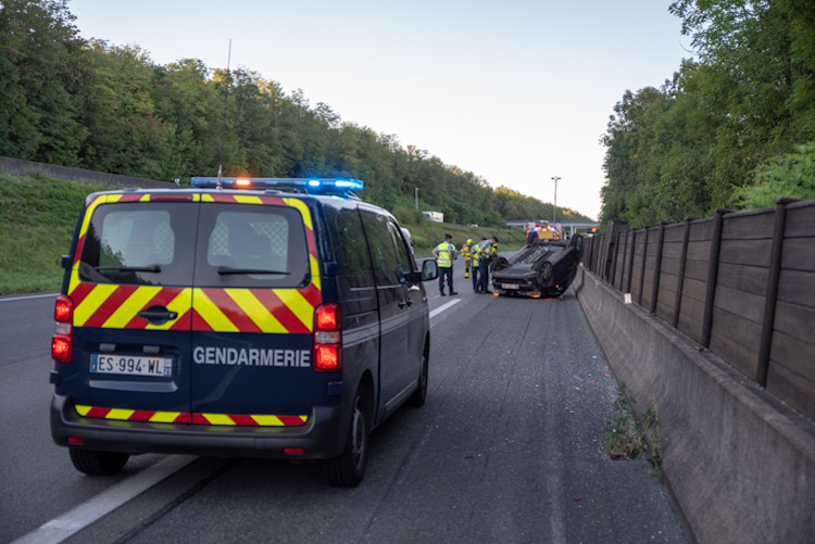 FAITS DIVERS accident A6 sance 3.jpg