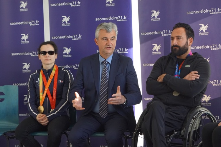 FETE DIFFERENCE 71 PARALYMPIQUE - 1.jpg