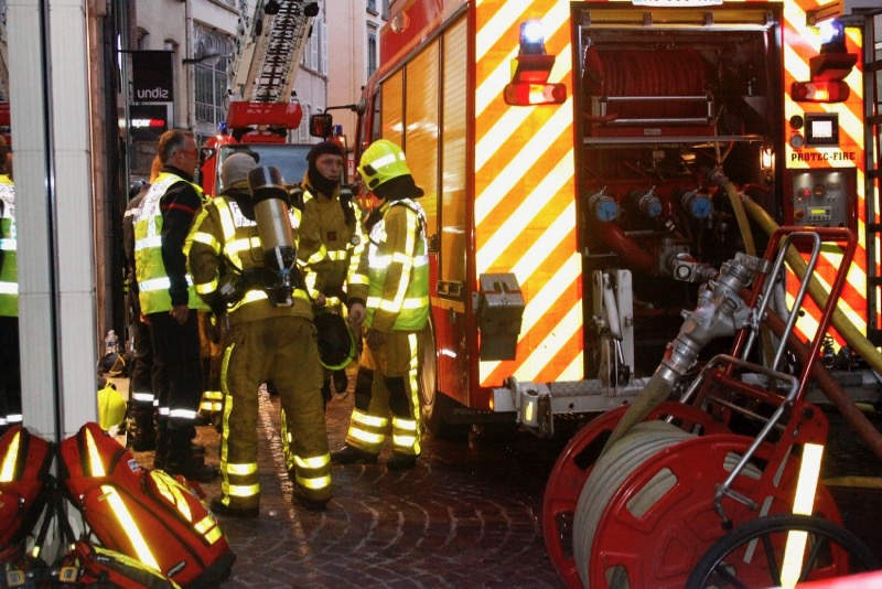 INCENDIE RUE DOMBEY MACON SHER - 4.jpg