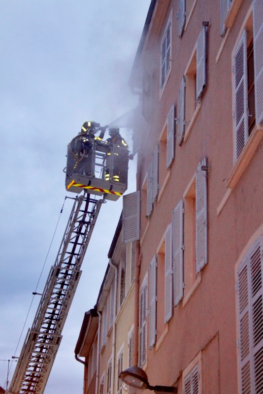 INCENDIE RUE DOMBEY MACON SHER - 5.jpg