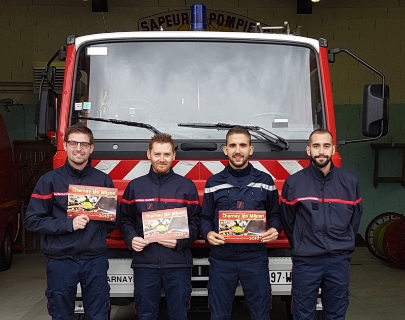 POMPIERS CHARNAY CALENDRIER - 1.jpg