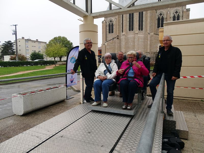 SECURITE ROUTIERE SENIORS _ LA CHAPELLE14.JPG