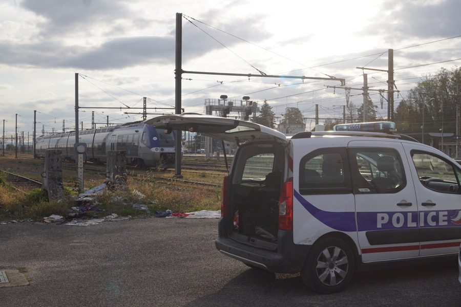 TRAIN SUPPRIME GARE MACON VILLE BAGAGE SUSPECT - 1.jpg