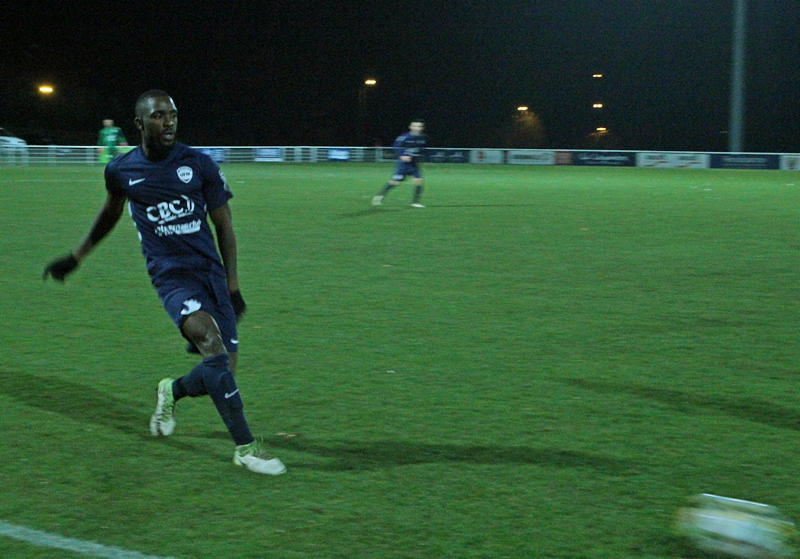 foot UFM La Chapelle (17).JPG