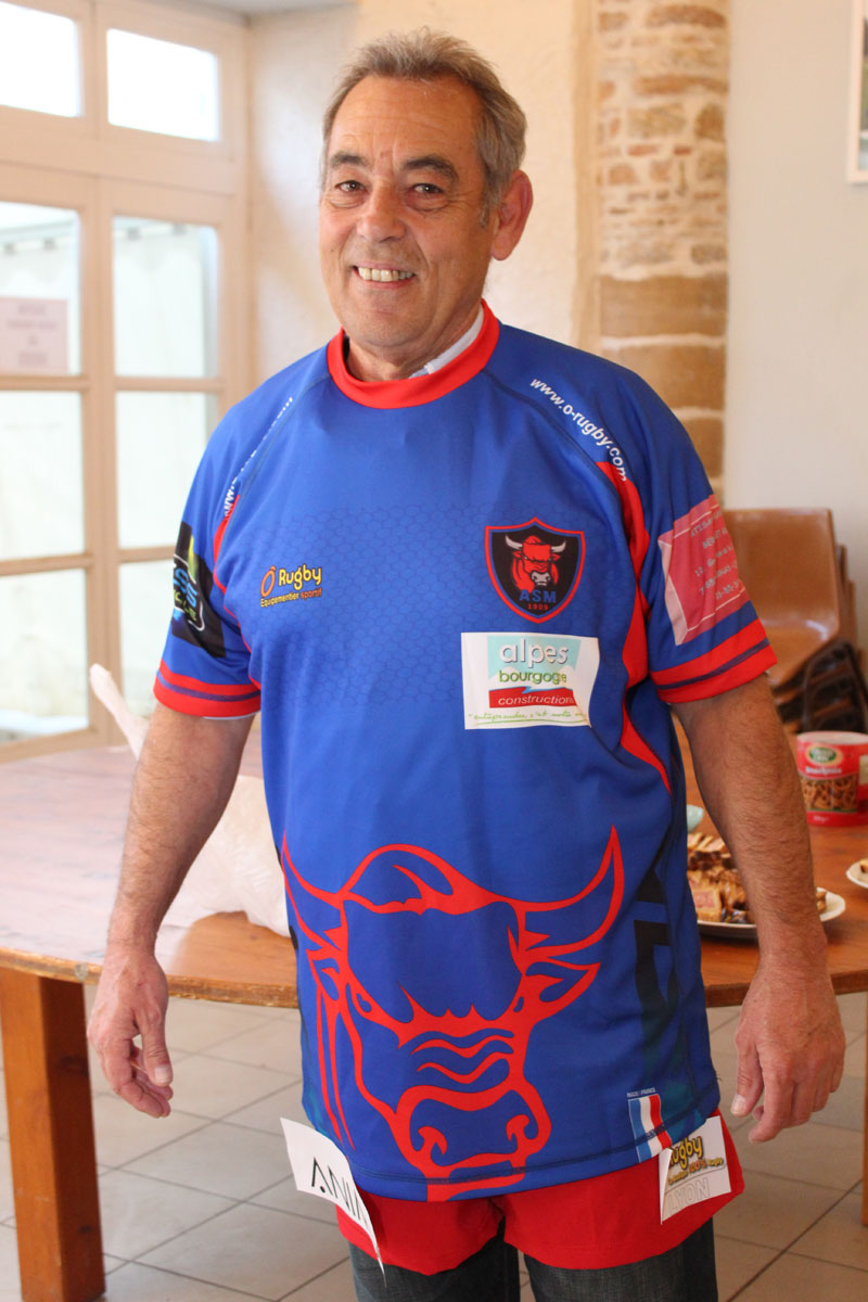 rugbyV_AMS_maillots4.jpg