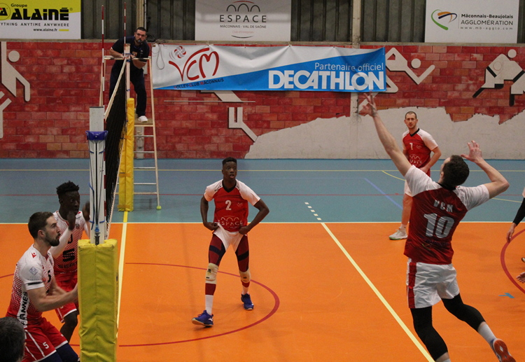 volley Macon Cannes (137).JPG