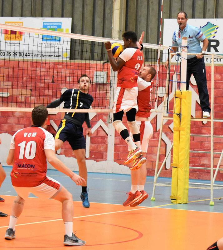 volley VCM -PSD (5).jpg