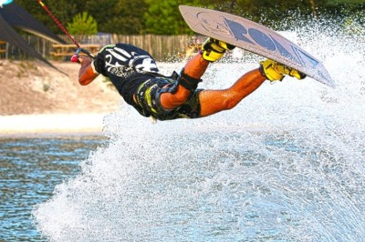 WAKEBOARD TOTEM WAKE PARK CRECHES 2019 - 1.jpg